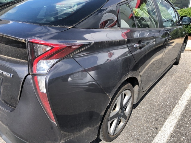 Pre-Owned 2016 Toyota Prius Four Touring